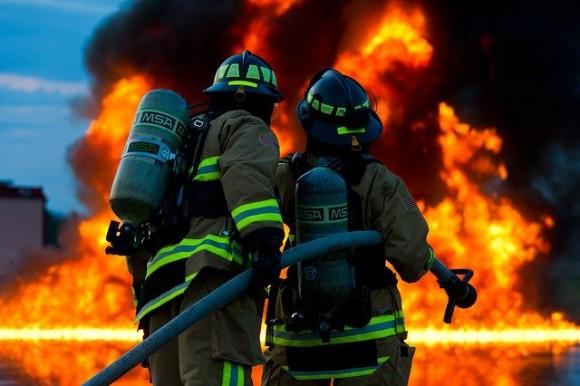 firefighter-2679283_640_e