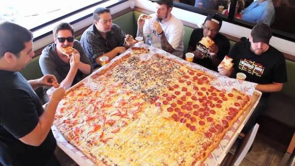 現金よりもピザ。従業員のやる気を引き出す最も効果的報酬はピザであることが判明(米研究)