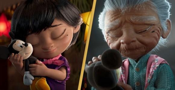 ディズニーのクリスマス向けショートフィルムに滝泣