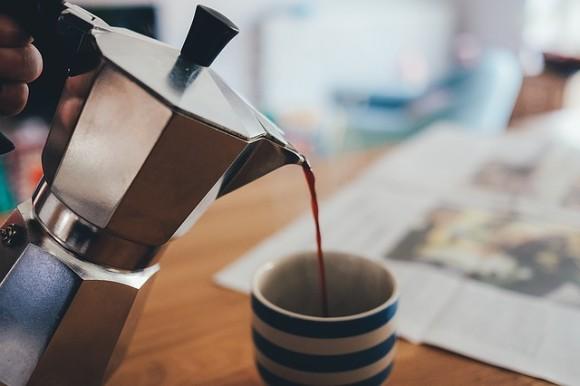 1日4杯のコーヒーで得られる4つの驚きの健康効果