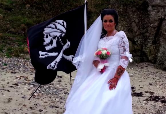 300年前の海賊の幽霊と結婚した女性がスピード離婚していた!?「幽霊には迂闊に手を出すな」と人々に警告