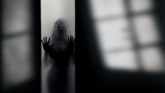 幽霊は脳が作り上げている。人工的に幽霊をつくり出す実験に成功(スイス研究)
