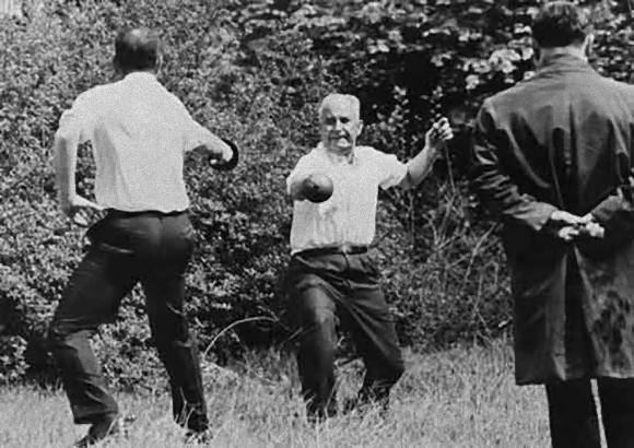 公に残されている映像では最も古いとされているフランスの決闘シーン(1967年)