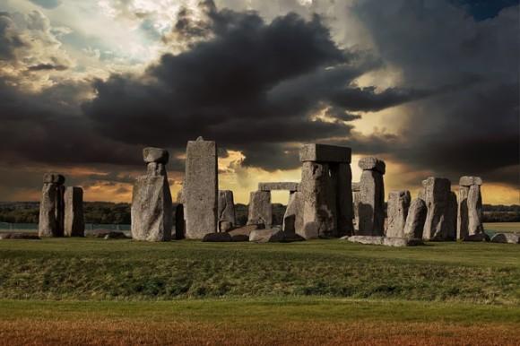 stonehenge-2116019_640_e