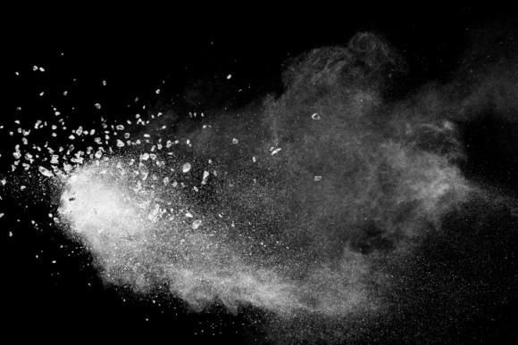 雨水から有毒物質を濾過できるミネラルコーティングの砂の開発に成功(米研究)