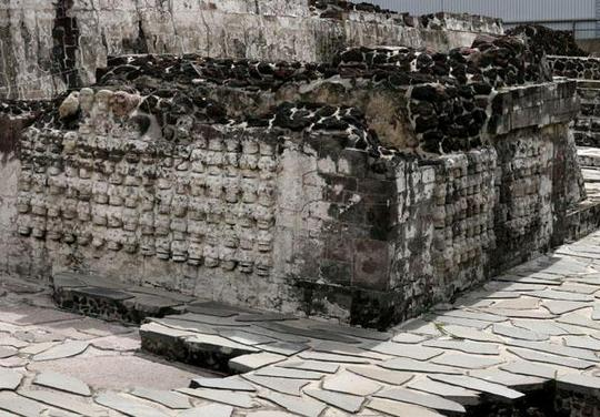 505485-Aztec-altar-at-the-Templo-Mayor-0