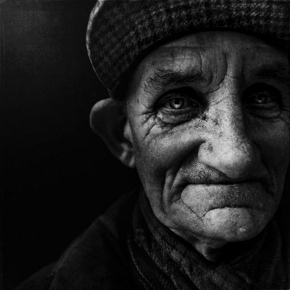 amazing_black_and_white_photos_of_the_homeless_640_18