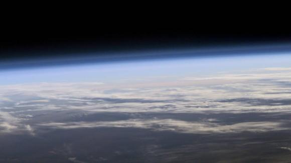 オゾン層を薄くします