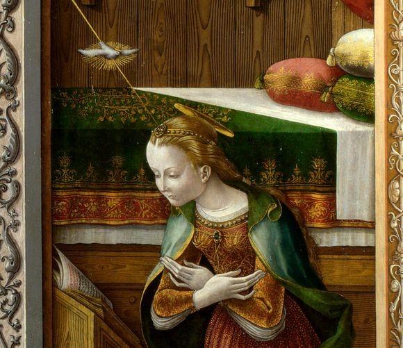 UFOなの?懐胎なの?陰謀論者がざわめく聖母マリアの絵