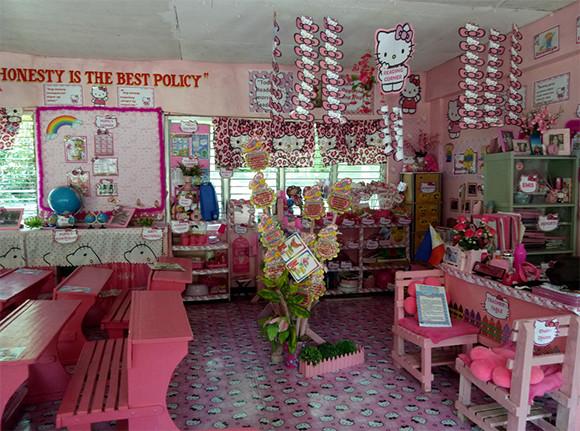 生徒たちに喜んでほしくて...3年かけて教室まるごとピンク色のキティパラダイスにした先生。全部自腹(フィリピン)