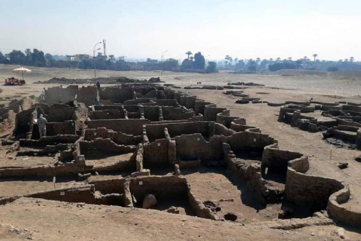 古代エジプトの失われた黄金都市が発掘