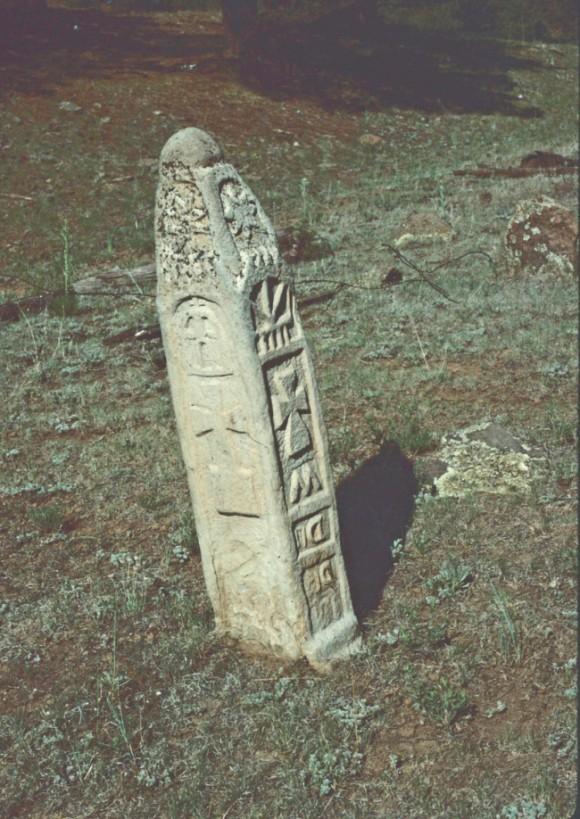 アメリカ・ニューメキシコ州北部の森林で謎の石柱が発見される。 カラパイア