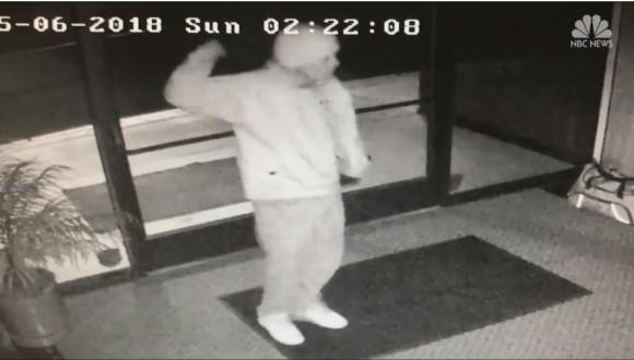 侵入成功!うれしくなってつい踊ってしまった犯罪者のダンスを監視カメラがとらえていた(アメリカ)