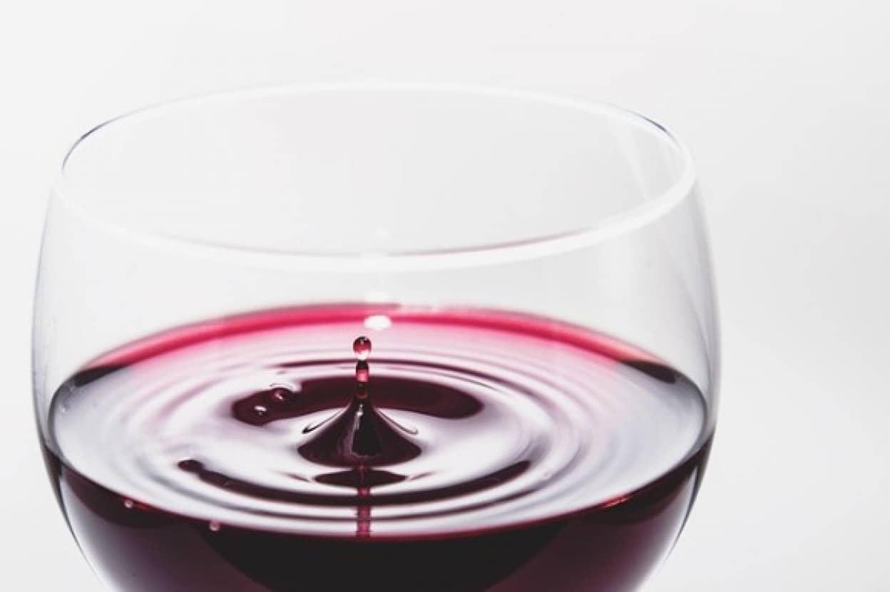 wine-933236_640_e