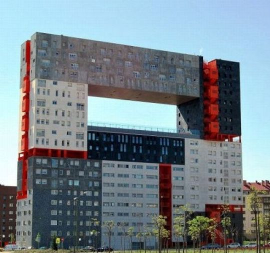 strange_buildings_around_the_world_28