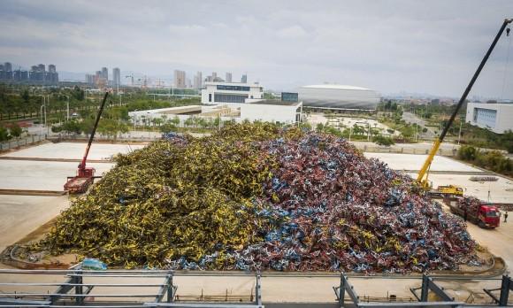 数百万台ものの放置自転車が1か所に集められた自転車墓地