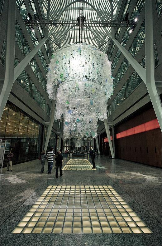 chandelier_katharina-harvey_wide_01