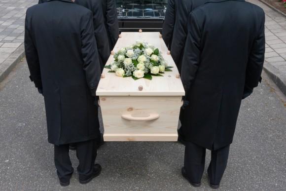 死者との会話を実現するため。スウェーデンの葬儀屋が人工知能を搭載したボットプログラムを開発中