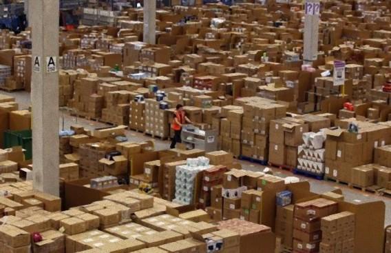 Gigantic-Warehouse-012_e