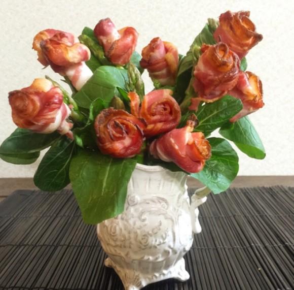母の日には食べられる花束を。肉食ママンの為の、アメリカで流行ってるらしいベーコン薔薇の作り方