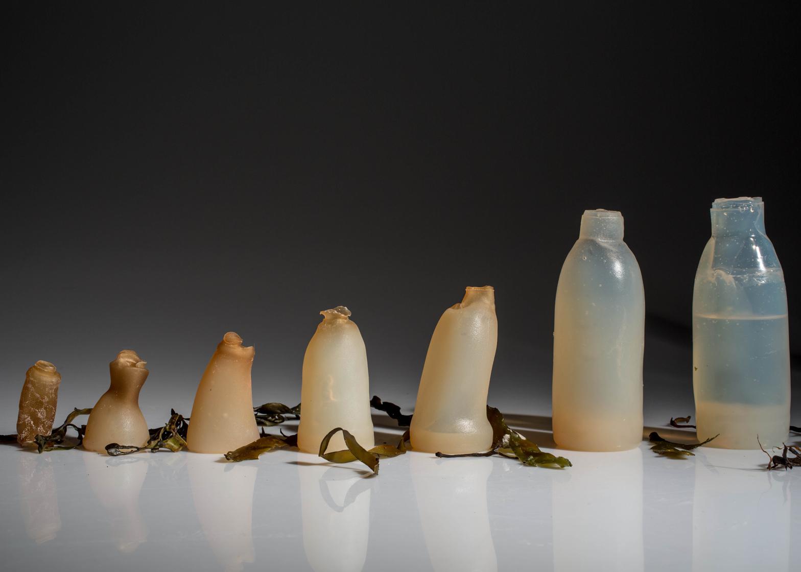 ペットボトル問題の解決策。食べられるし何度も使える藻類でできたボトルを開発(アイスランド)
