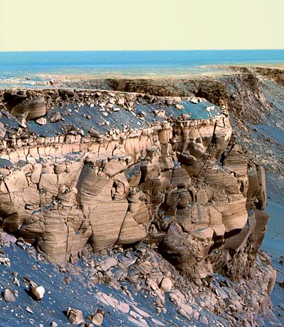 090521-mars-rover-victoria-crater_big