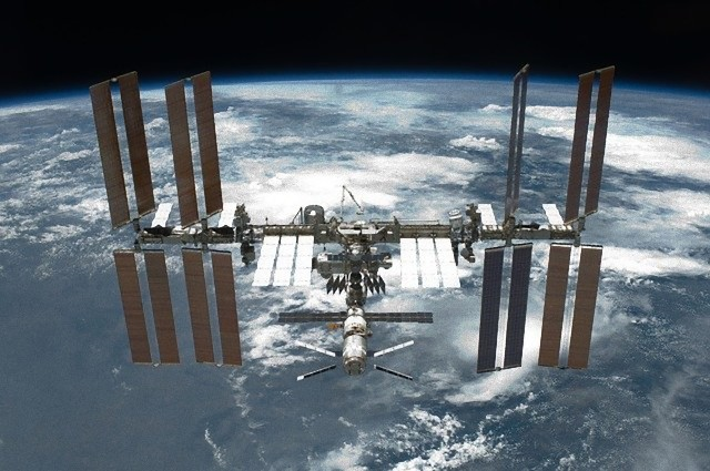 international-space-station-67647_640_e