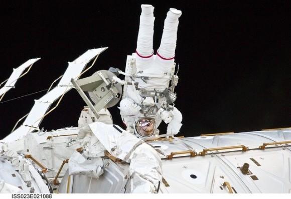 astronaut-976_640_e