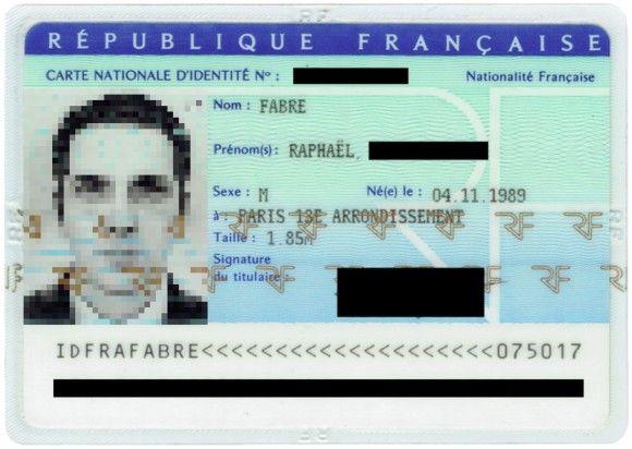 身分証明書の顔写真を全てCGで作って申請するとどうなる?受理されてIDカードができちゃった(フランス)
