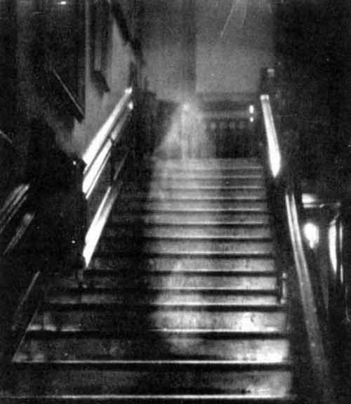 18世紀に撮られた怖い画像