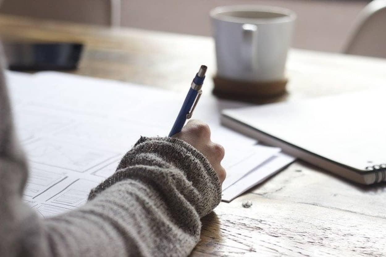 書くことで精神状態が改善できるとする研究結果