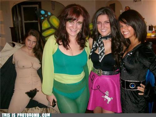 photobomb-that-guy-yo-dawg-i-heard-you-liked-naked-chicks