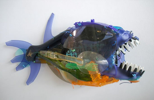 recycled-plastic-sculptures7