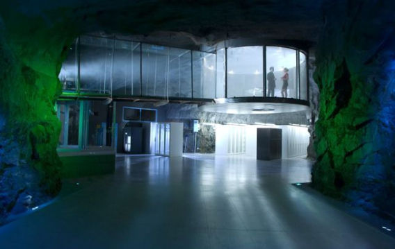underground_data_center_640_11