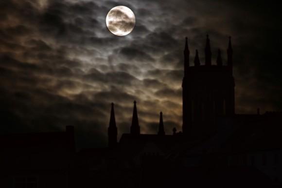 full-moon-2097326_640_e