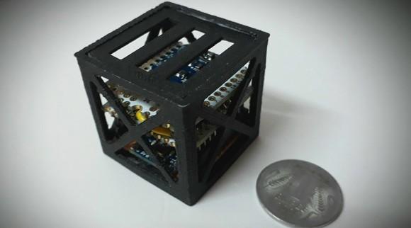 NASAが世界最軽量の3Dプリンター製人工衛星の打ち上げに成功。設計は18歳のインド人学生。