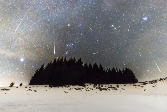 今日の21時から夜空にロックオン!ふたご座流星群が好条件で見られるぞ!(2018年12月13日〜14日)