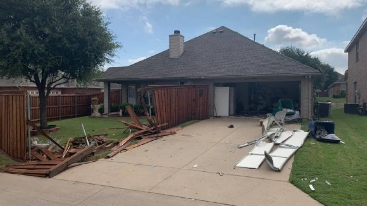 SWATに家を破壊された女性