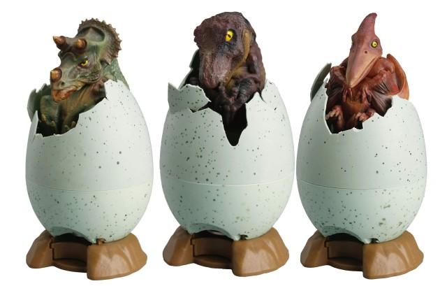 恐竜を孵化させる貯金箱