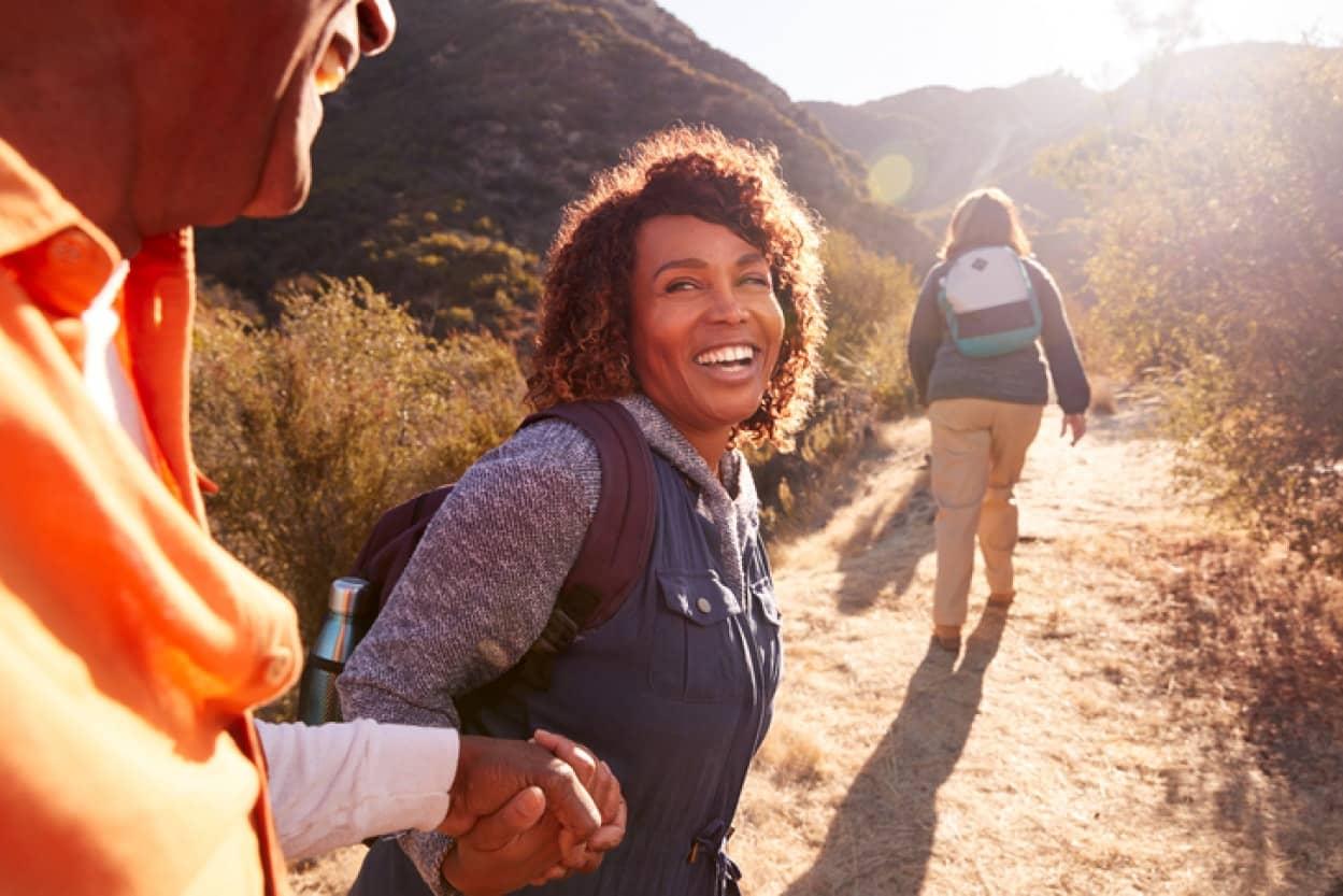 45歳が人生のターニングポイント、老化が加速する人と若々しい人に分かれる