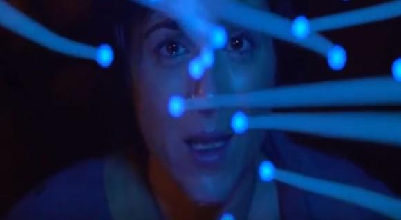 視聴者の退屈度をヘッドセットで読み取り人に応じて展開が変わる映画が開発される(イギリス研究)
