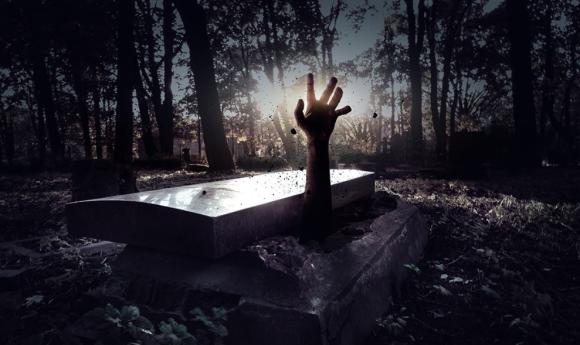 絶対に逃げ出してはいけない。お棺の中で30時間耐え続けるハロウィンイベントを開催(アメリカ・シックスフラッグス)