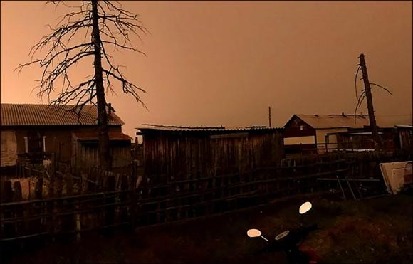 真昼のミステリー。ロシアの街を突如襲った謎の暗闇の正体は?