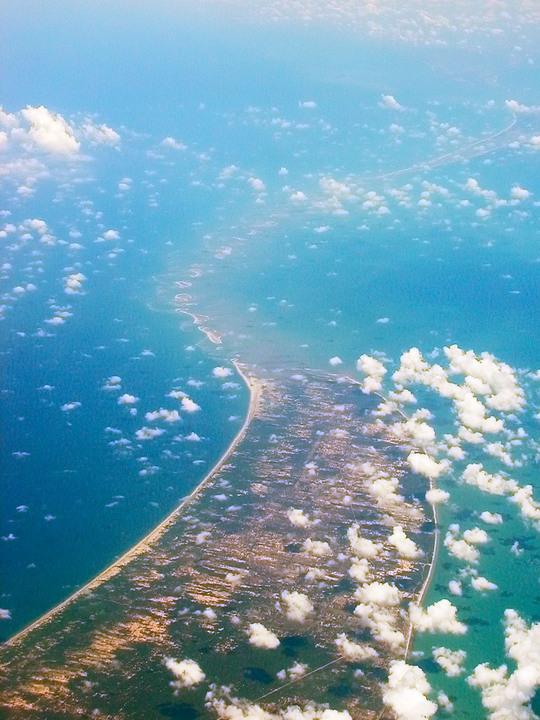 Adams_Bridge_aerial