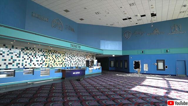 映画館廃墟