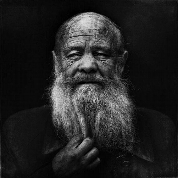 amazing_black_and_white_photos_of_the_homeless_640_17