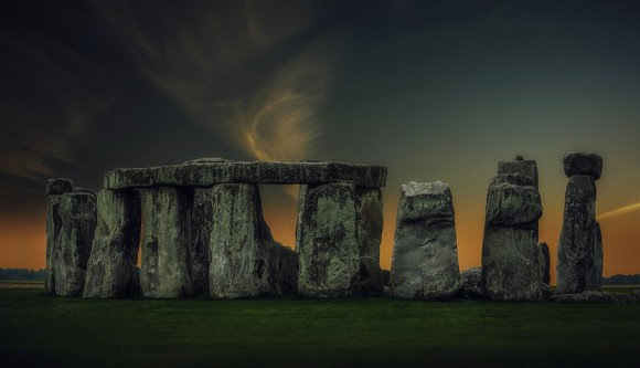 歴史的ミステリー。ストーンヘンジからモアイ像まで。歴史学者が未だに解明出来ない5つの古代遺物