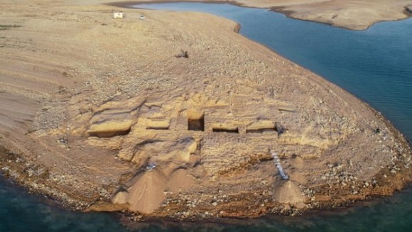3500年前の失われた宮殿がダムの底から発掘される(イラク)