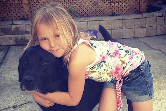 赤ちゃんができたなら犬を飼っちゃダメ。姉の忠告を無視して犬を飼った妹。その決断は正しかった。犬と少女の10年物語