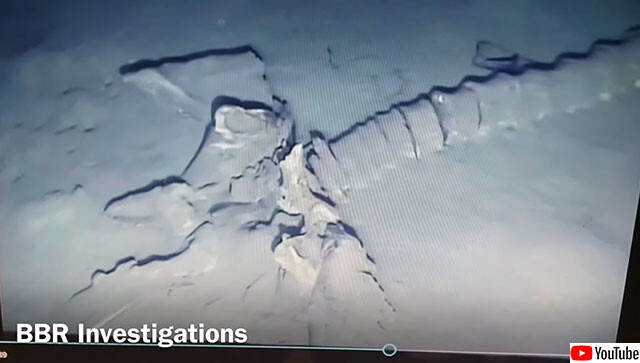地中海の海底で発見された謎めいた巨大生物の骨